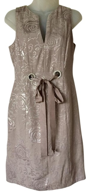 Item - Taupe Elegant Grosgrain Ribbon / Jeweled Detail Mid-length Night Out Dress Size 4 (S)
