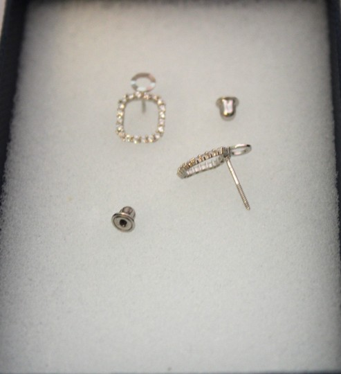 Other 14 KT White Gold woman CZ earring Image 1