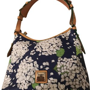 Dooney & Bourke Tote in green & white with design