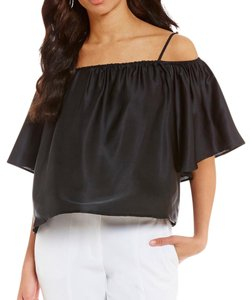 Halston Top black