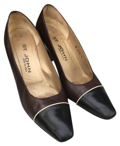 St. John Leather Two Toned Made In Italy Leather Soles Black brown Pumps