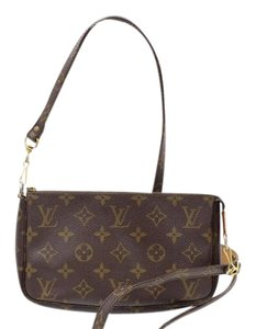Louis Vuitton Louis Vuitton Accessories Pochette Pouch with Long shoulder 10415