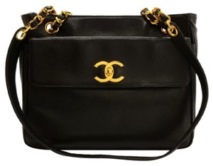 Chanel Tote Leather Shoulder Bag