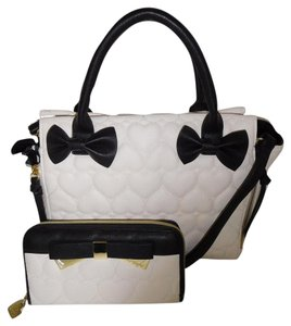 Betsey Johnson Black Bows Quilted Heart Wallet Satchel in BONE