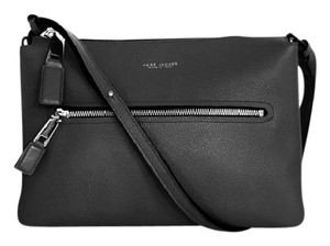 Marc Jacobs Grainy Leather Leather Zippers Adjustable Shoulder Bag