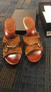 Gucci Suede Gold Logo Open Toe Brown Sandals
