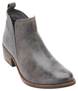 Matisse Bohemian Festival Stagecoach Western Gray Boots