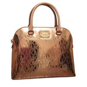 Michael Kors Satchel in Rose Gold