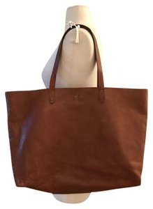 Madewell Tote in English Saddle