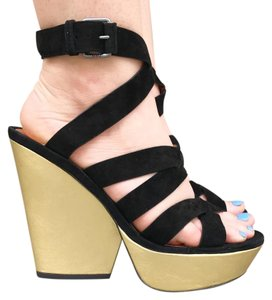 Marc by Marc Jacobs Black & Gold Wedges