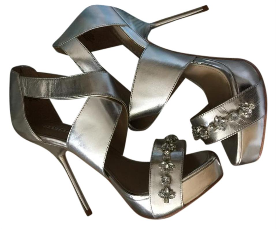 9a9c43e8cbcb Silver Celebrate Bridal Platform Sandal Formal Shoes Size US 8 - Tradesy