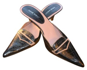 Nine West Leather Snakeskin & Pointed Toe Black Mules