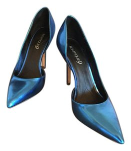 Boutique 9 royal blue Pumps