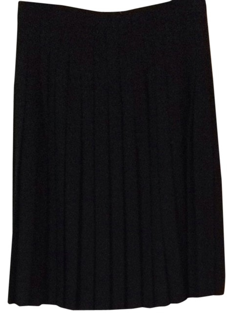 Preload https://item3.tradesy.com/images/valerie-stevens-black-jacket-with-pleated-skirt-suit-size-12-l-2122107-0-0.jpg?width=400&height=650