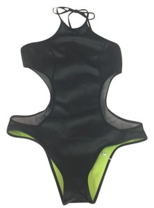PilyQ scuba looking swimsuit but light