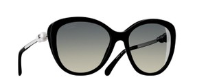 Chanel Chanel Pearl Polarized Sunglasses
