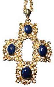 Sarah Coventry Highly Collectible Sarah Coventry Costume Necklace and Earrings