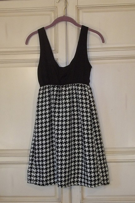 Judith March short dress black white Houndstooth Pattern Tank Babydoll Short on Tradesy Image 2