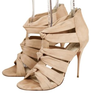 Elizabeth and James Nude Heel Nude Love Knot Suede Beige/Nude Pumps