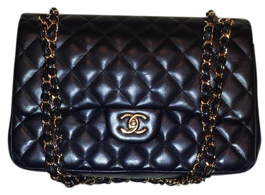 Chanel Classic Double Flap Jumbo 2.55 Shoulder Bag Image 2