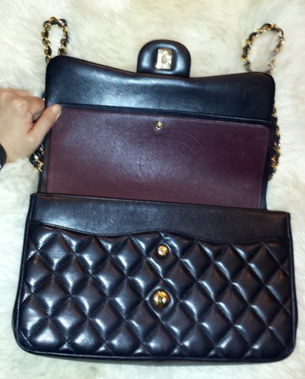 Chanel Classic Double Flap Jumbo 2.55 Shoulder Bag Image 7