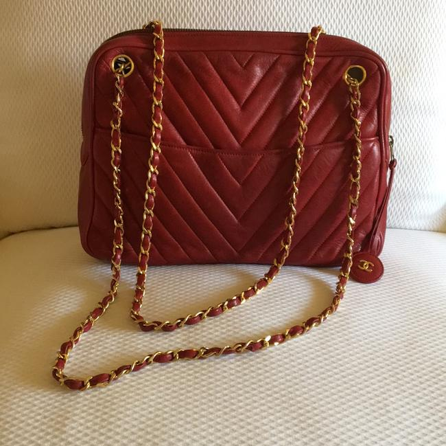 Item - Shoulder Chevron Red Lambskin Leather Hobo Bag