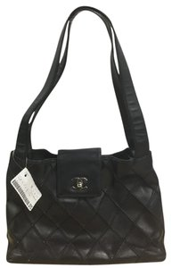 Chanel Leather Tote in Black