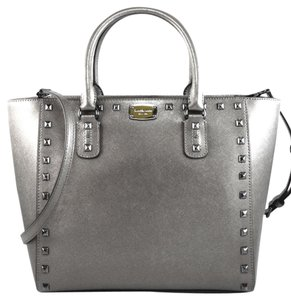 Michael Kors Tote in pewter