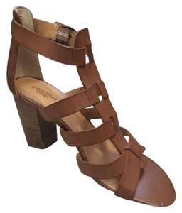 Crown Vintage Summer Strappy Thick Heel Ankle Strap Tan Sandals