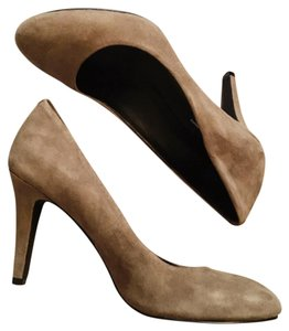INC International Concepts Taupe Pumps