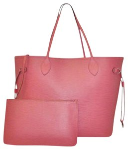 Louis Vuitton Tote in Corail