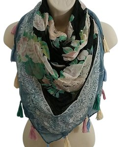 David & Young Floral Tassel Scarf