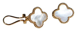 Other 14 kt gold earrings with mother of pearl clovers