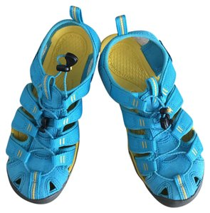 Keen Blue and yellow Athletic