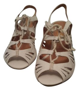 Miss Albright Boho Leather Different Bone Sandals
