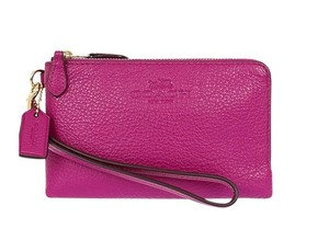 Coach Wallet Pebbled Leather Doublezip Pink Wristlet in Dahlia Pink