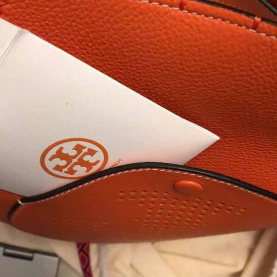 Tory Burch Tote in spiced orange Image 10