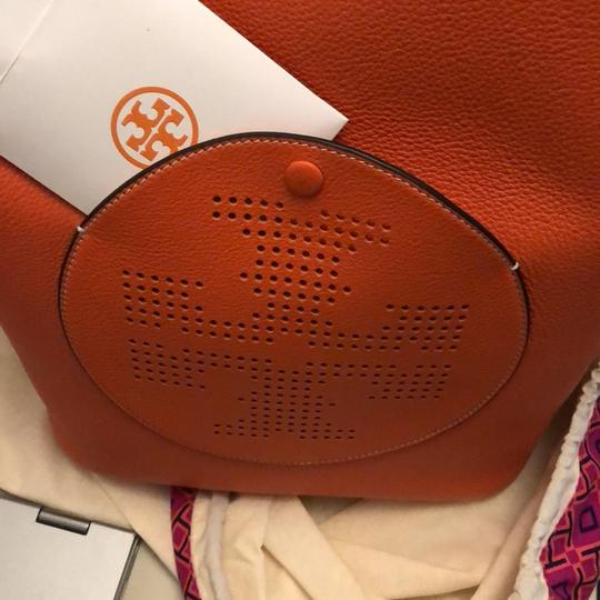 Tory Burch Tote in spiced orange Image 11