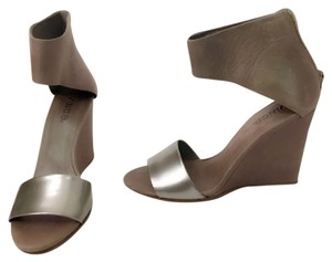 Vince taupe and silver Wedges