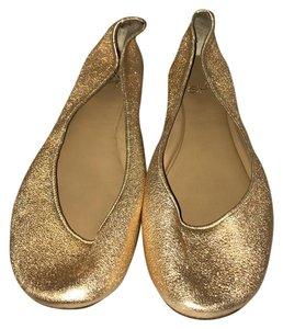Nine West champagne metallic Flats