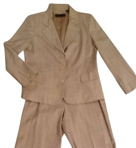 Dana Buchman Pant Suit Perfect For Spring/Summer