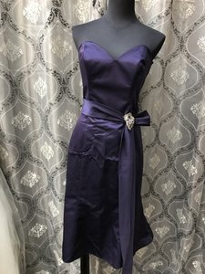 Allure Bridals Amethyst 1315 Bridesmaid/Mob Dress Size 6 (S)