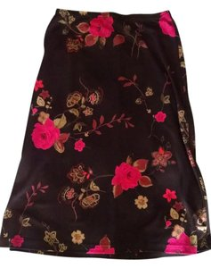 Wrapper Floral A-line Skirt Black and fuchsia