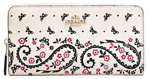Coach ACCORDIAN ZIP WALLET BUTTERFLY BANDANA PRINT ENDS 5/23