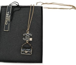 Chanel Authentic CHANEL Classic bag necklace