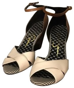 Jessica Simpson brown, ivory Formal