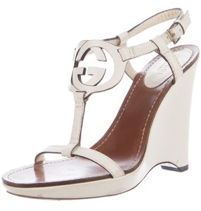 Gucci Interlocking Gg Strappy Ankle Strap Gold Hardware Peep Toe White, Ivory Sandals