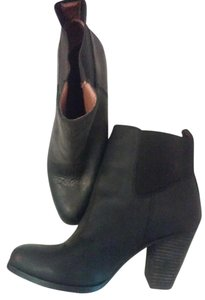 Lucky Brand Leather Pointed Toe Black Boots