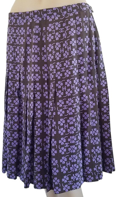 Chanel Purple Beige Black Interlocking Cc Logo Printed Silk A-line Skirt Size 12 (L, 32, 33) Chanel Purple Beige Black Interlocking Cc Logo Printed Silk A-line Skirt Size 12 (L, 32, 33) Image 1