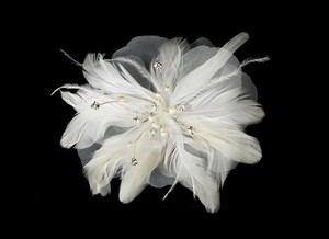 Elegance by Carbonneau Ivory Silver Freshwater Pearl Flower Feather Fascinator Comb 1535 Tiara